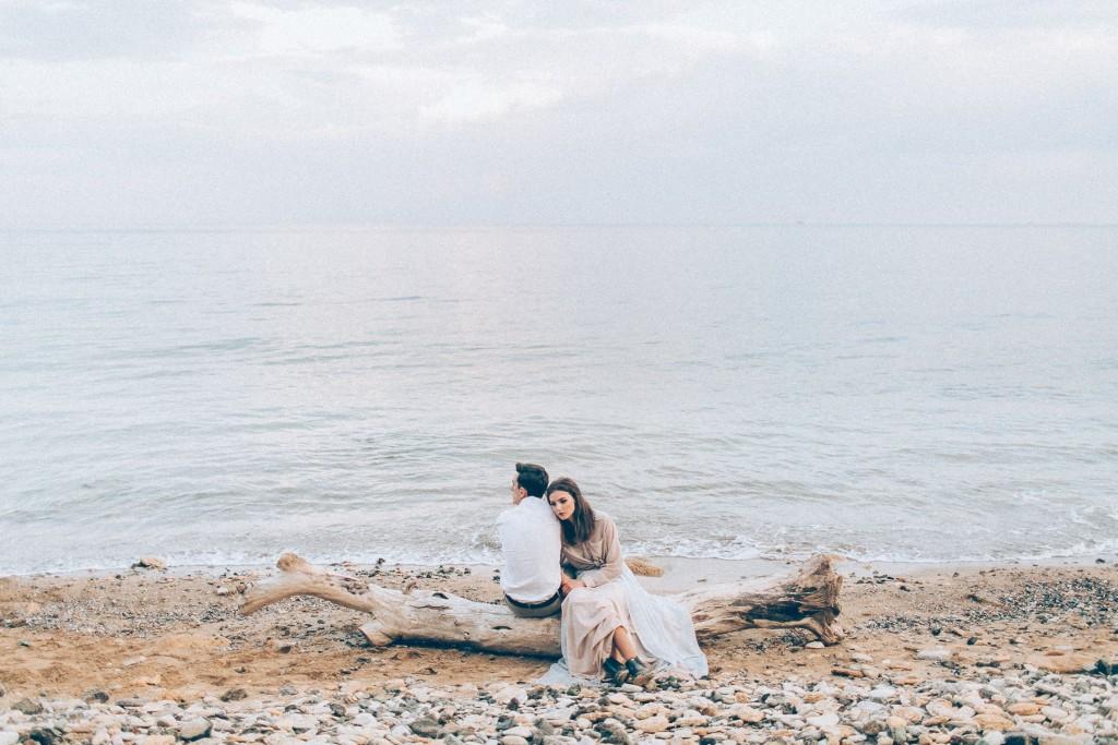 Море и свадебная фотосессия на пляже