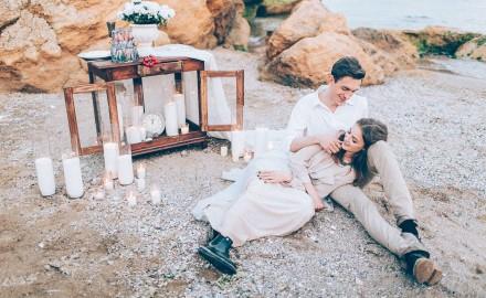 Свадебная фотосессия на пляже - влюбленная пара