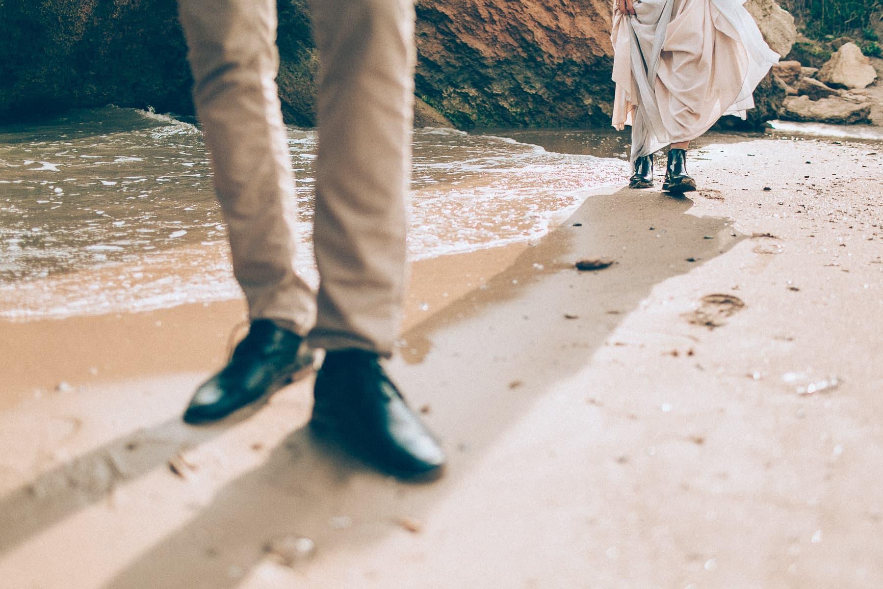 wedding-beach-love (4)