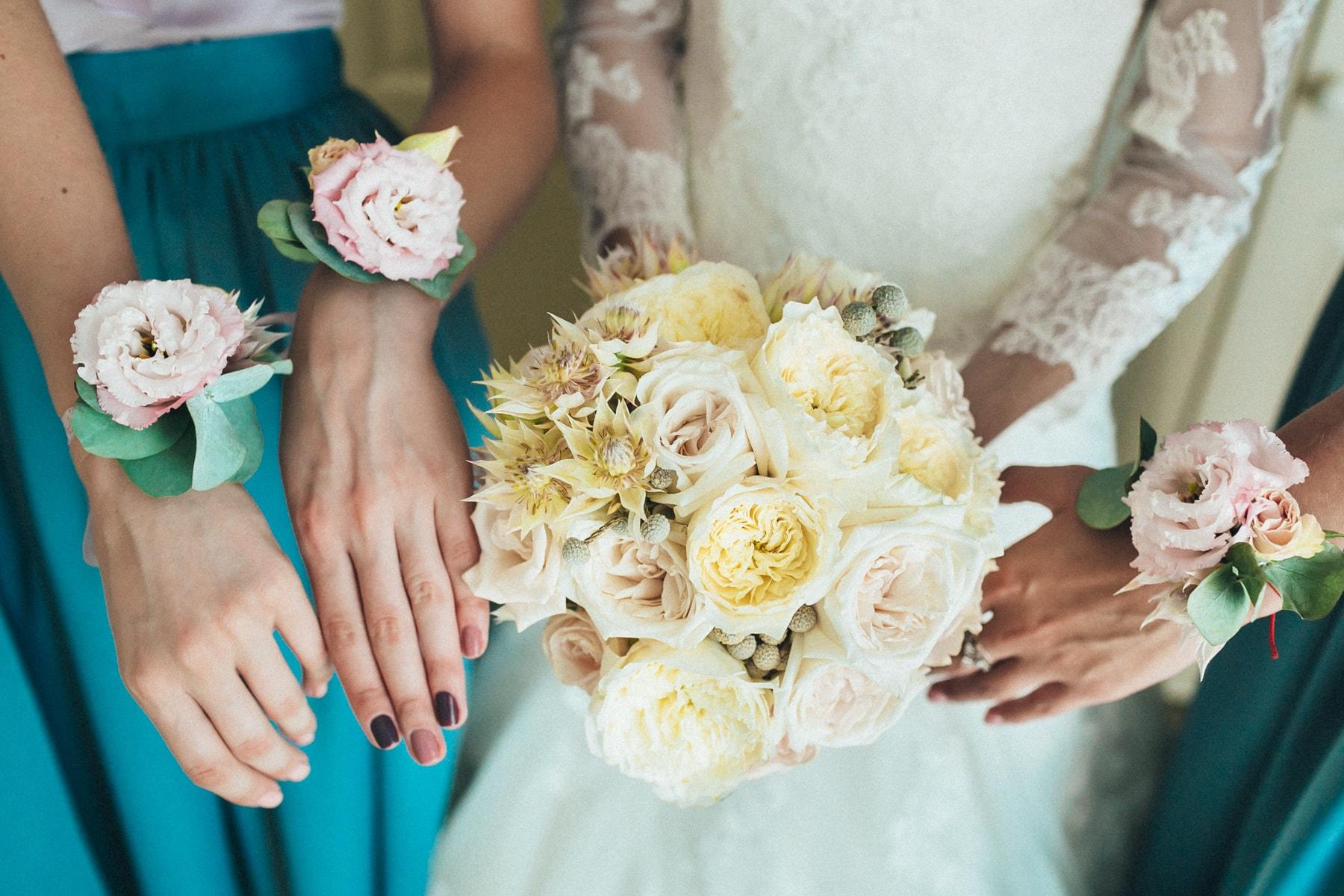 Букет невесты фото - свадебные фотографии